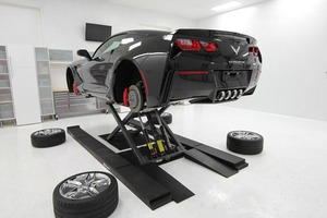 BendPak MD 6XP Mid Rise Lift Corvette Detailing