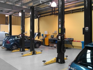 2 Post Hoists Auto Repair Shop