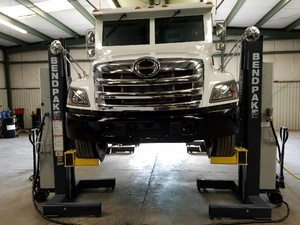 Armored Car Lifted BendPak PCL 18B Column Lifts
