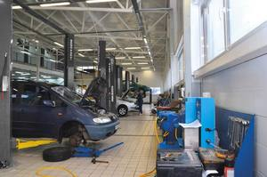 Best Car Dealership Repair Lifts