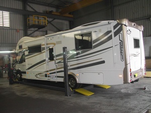 Extended Length Four Post Hoist RV Camper